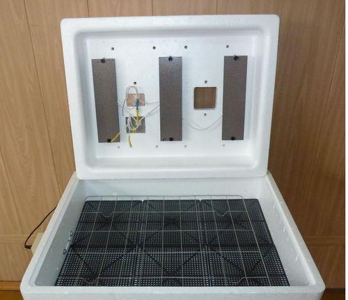 решетка в инкубаторе
