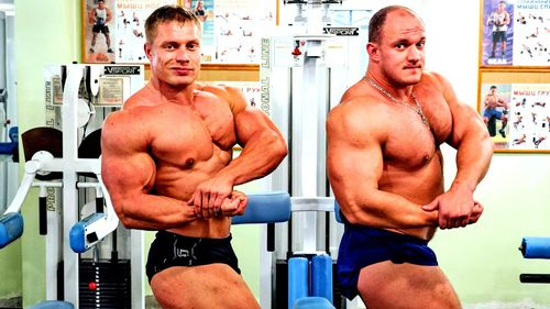 Помогают нарастить мышечную массу